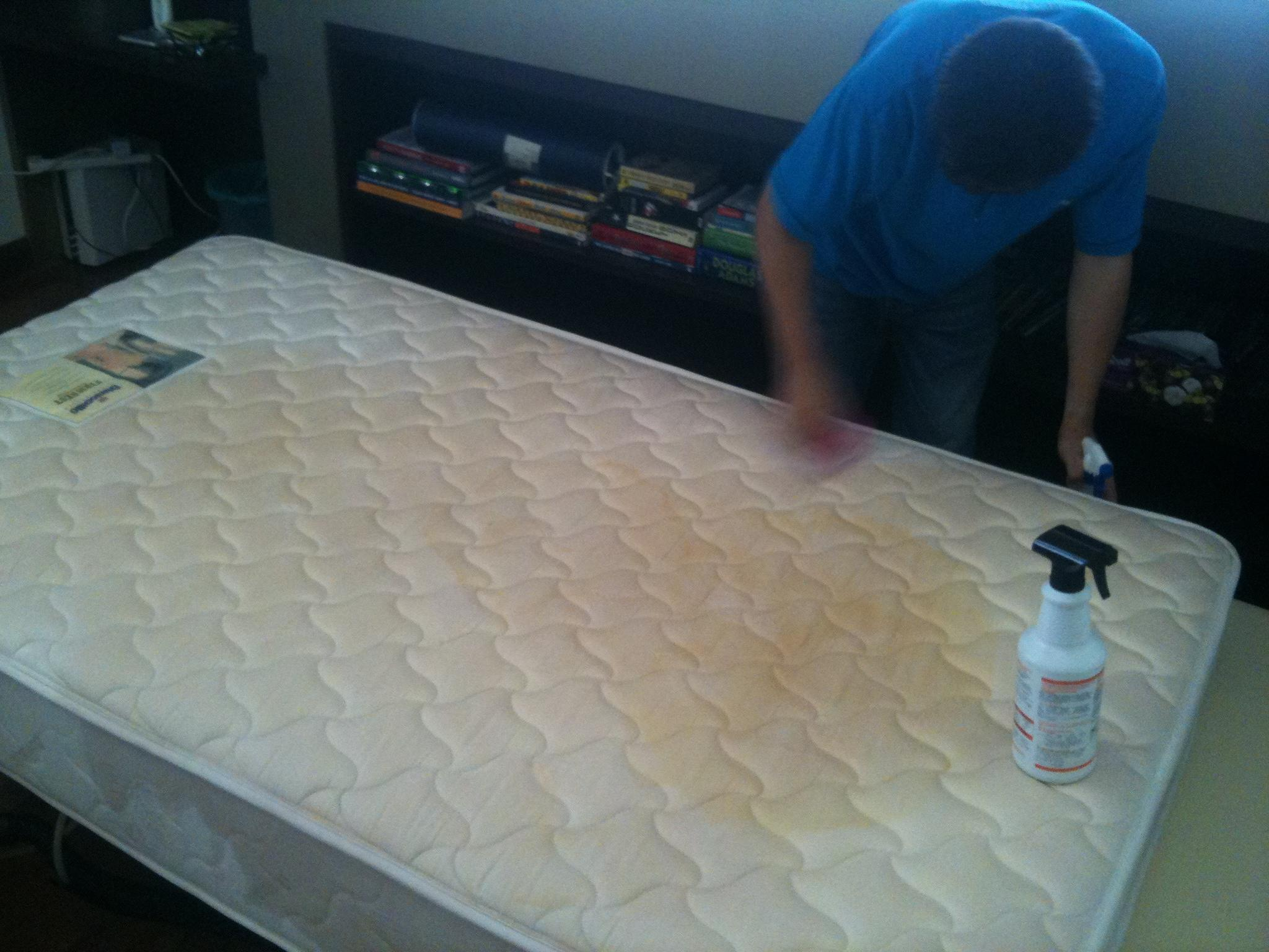 how to clean coffee stain on mattress