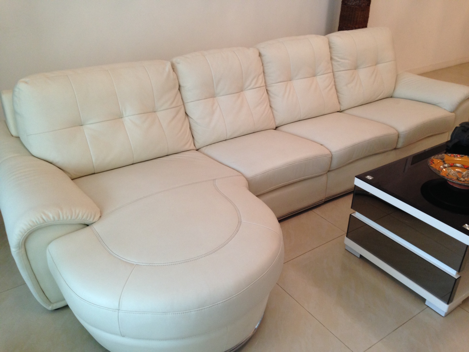 Leather Cleaner Cleaning Service Singapore AlphaKleen